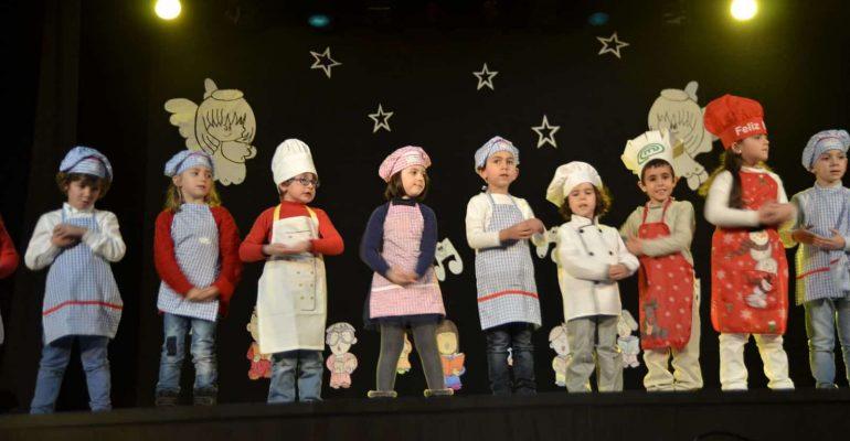 Los más pequeños en festival solidario de navidad
